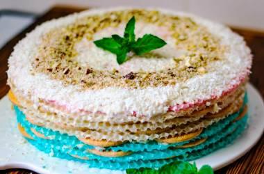 Кокосово-миндальный вафельный торт