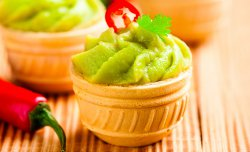 Wafer basket with guacamole