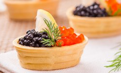 Small wafer basket with caviar