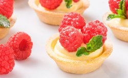 Crusty Tartlet with raspberry