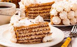 Вафельный торт с меренгами