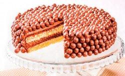 Торт с шоколадными шариками