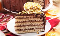 Chocolate wafer cake with caramelized oranges
